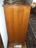 MAPLE CHEST OF DRAWERS, 5 DRAWER, W/ DAMAGE ON TOP