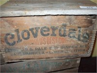 4 ADVERTISING WOODEN CRATES, CLOVERDALE, 7 UP