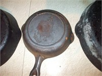3 CAST IRON SKILLETS, WAGNER, GRISWOLD,