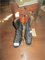 ROLLER SKATES, TRAIN BUILDING AND ACCESSORIES