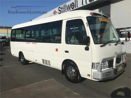 79a48fc104 1989 Mazda T3500 Mini Bus bus for sale National Trucks in Queensland ...