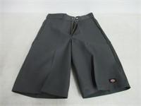 Dickies Men's 34 13 Inch Loose Fit Multi-Pocket