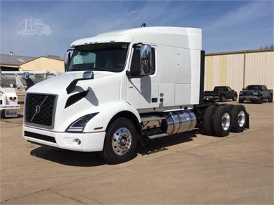 VOLVO VNR64T640 Conventional Trucks W/ Sleeper For Sale