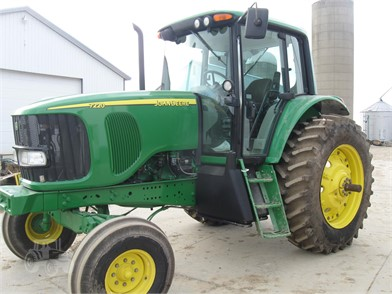 JOHN DEERE 7220 For Sale - 22 Listings | TractorHouse com - Page 1 of 1