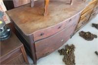 Antique Dresser,43x22x33 tall