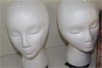 2 Mannequin Heads