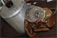 Aluminum Canister & Bottle Holder,Missing Wheel