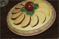 Apple Pie Plate with Lid