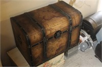 Map Trunk,20x13x14 tall