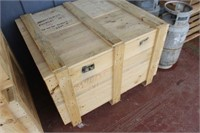 Wooden Crate with Lid,39x34x27 tall