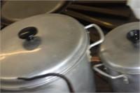 2 Aluminum Cooking Pots