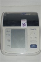 OMRON BATTERY POWERED BLOOD PRESSURE MONITO