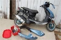 VENTO Scooter for restore or part, TITLED