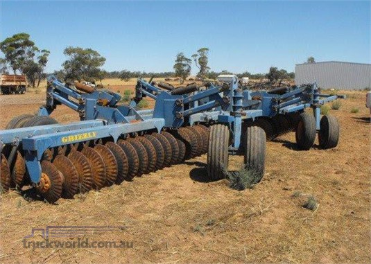 2002 Grizzly Engineering WC136 Disks Tillage