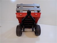 NICE CASE IH WAGON FOR PEDAL TRACTOR