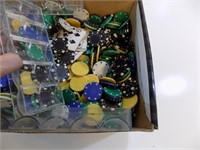 POKER CHIPS PLASTIC AND NICE HEAVY CLAY CHIPS