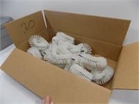 LOT OF 20 NEW CLEANING BRUSH HEADS