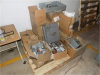 PALLET OF HUNDRED'S OF NEW ELECTRICAL ITEMS*