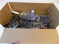 BOX LOT OF KITCHEN UTENSILS