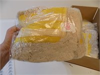 LOT OF 4 NEW DRY MOP HEADS
