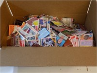 BOX FULL OF OLD BASEBALL AND FOOTBALL CARDS