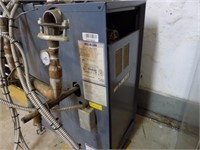 WEIL-MCLAIN BOILER NATURAL GAS WITH TACO PUMPS*