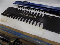 ROCKLER DOVETAIL JIG APPEARS TO BE COMPLETE