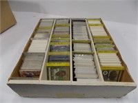 BOX FULL OF MINT DALLAS COYBOYS FOOTBALL CARDS