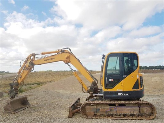 2012 Hyundai Robex 80CR-9 Heavy Machinery for Sale