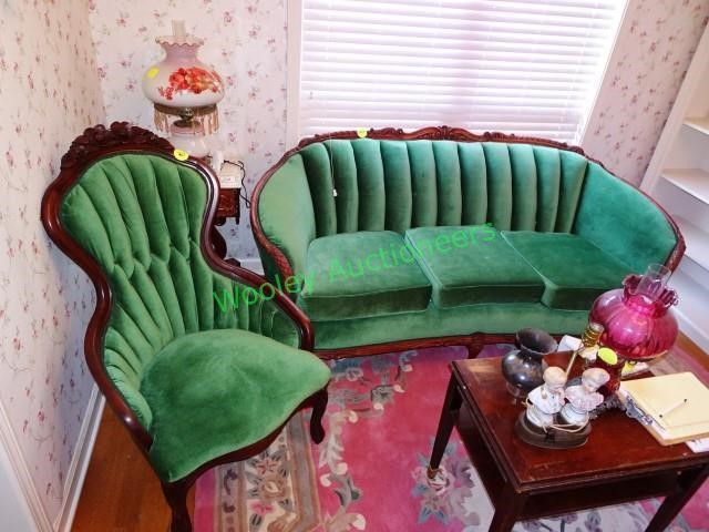 Fabulous Vintage Green Sofa Two Matching Chairs Wooley Auctioneers Evergreenethics Interior Chair Design Evergreenethicsorg