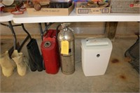 Gas Can / Fire Extinguisher