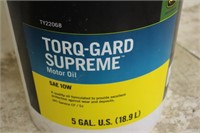 1) 5 GALLON PAIL OF JOHN DEERE TORQ GARD SUPREME   SPENCER SALES