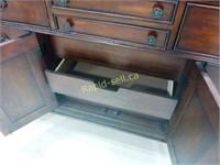Huntington Furniture Mirror & Dresser