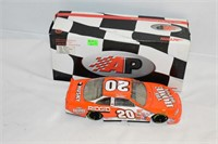 1999 Limited Edition Stock Car 1:24 Scale