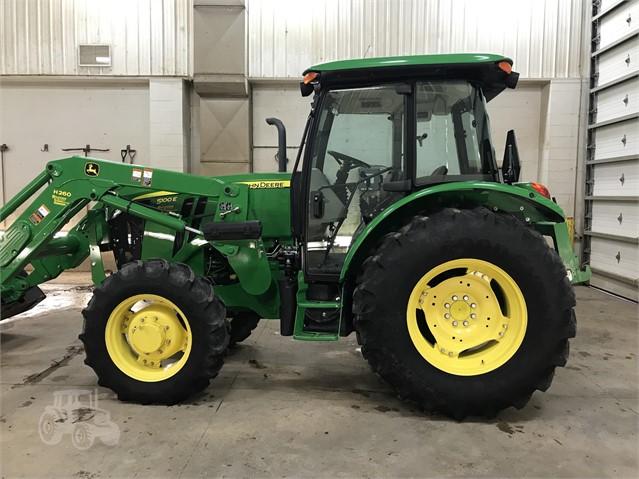 2013 JOHN DEERE 5100E For Sale In Hortonville, Wisconsin