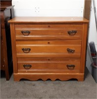 Vintage Dresser With Swinging Mirror Dresser 39""
