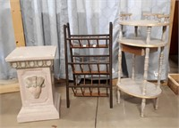 Small Pedestal Tables And Small Unique Vintage