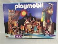 Playmobil Kit.