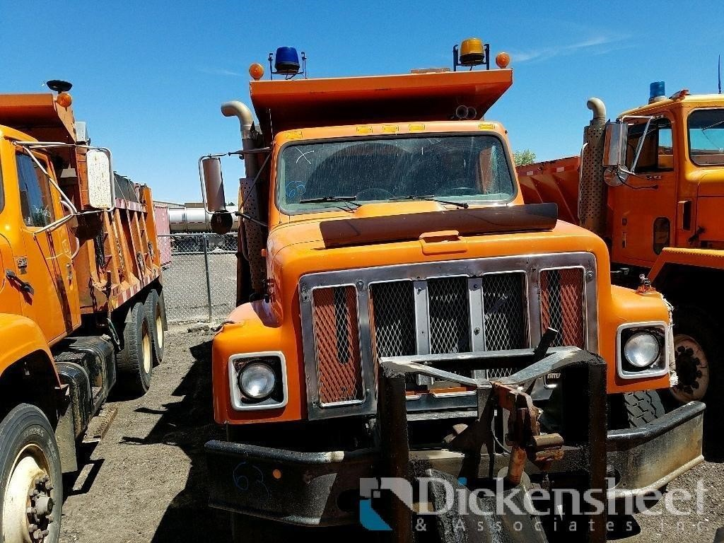 1996 International 2574 Tandem Dump Truck, VIN