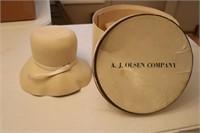 Vintage Hat w/ Box