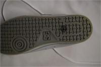 D/C Shoes Sz 7.5
