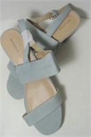 Ladies Attention Sandals Size 10