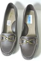 Ladies Wide Shoes - Size 7 1/2