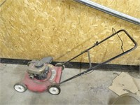 Briggs and Stratton Yard Machines Lawn Mower
