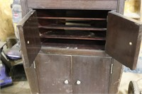 Antique Victor Talking Machine w/ Records -