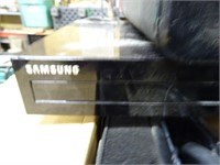 Samsung 3D Blu-ray Player / Surround Sound System