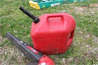 Troy Bilt Gas Leaf Blower with Gas Can
