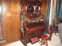 Antique 1901 J.P. Julius (Weaver Organ & Piano Co.