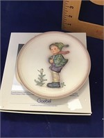 Hummel collectors plate it's cold 1989