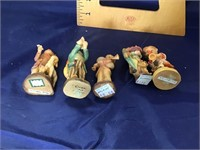 Anri wood carving  Group of 5